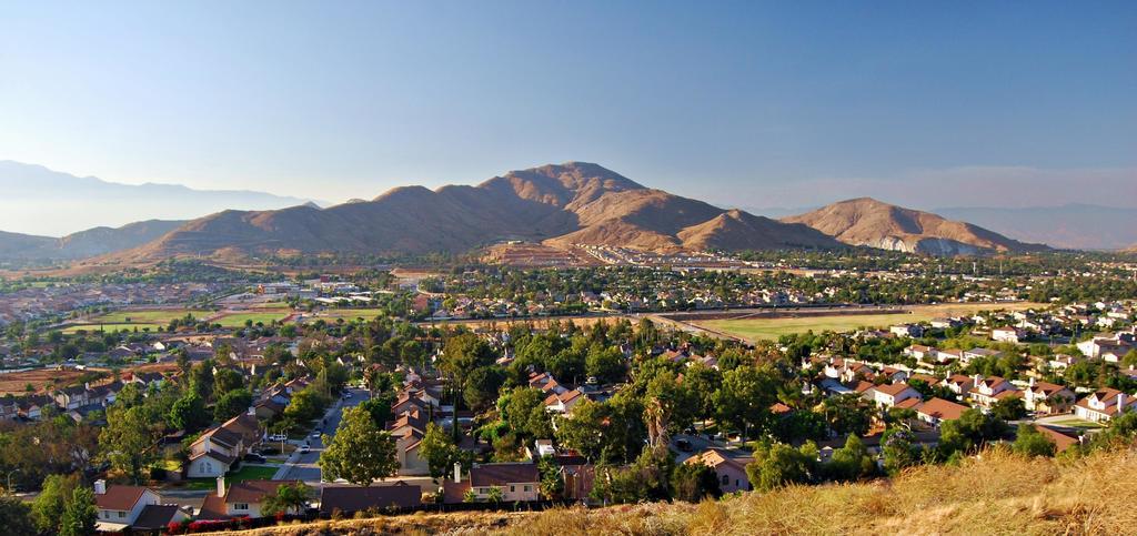 Relocation Guide 2021: Moving to Fontana, California